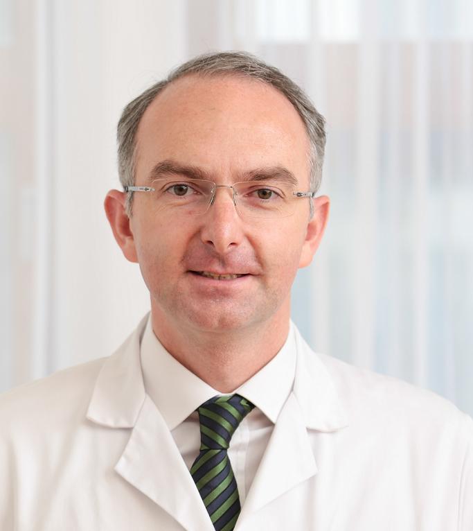 Dr. Lamprecht
